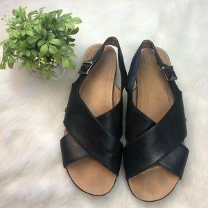 Women's UGG Australia Black Kamile Sandals Size 12